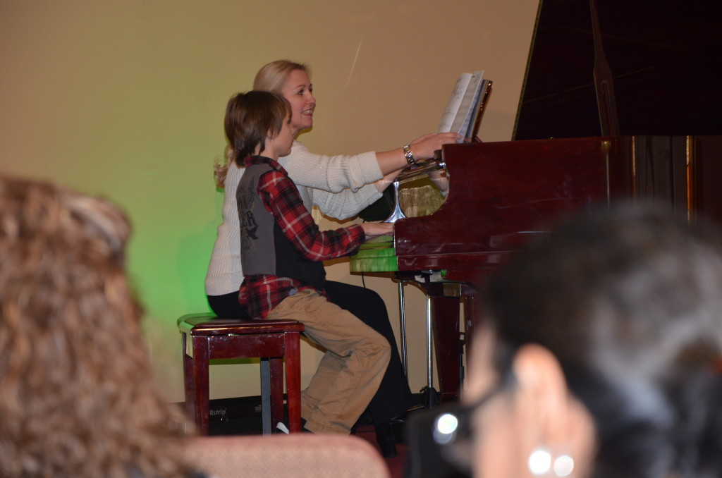 12-15-13 north pole party and chase's piano recital 154