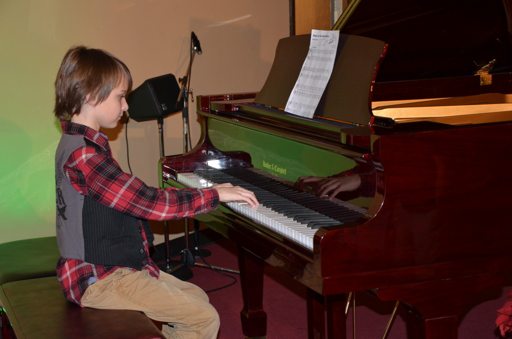 12-15-13 north pole party and chase's piano recital 157